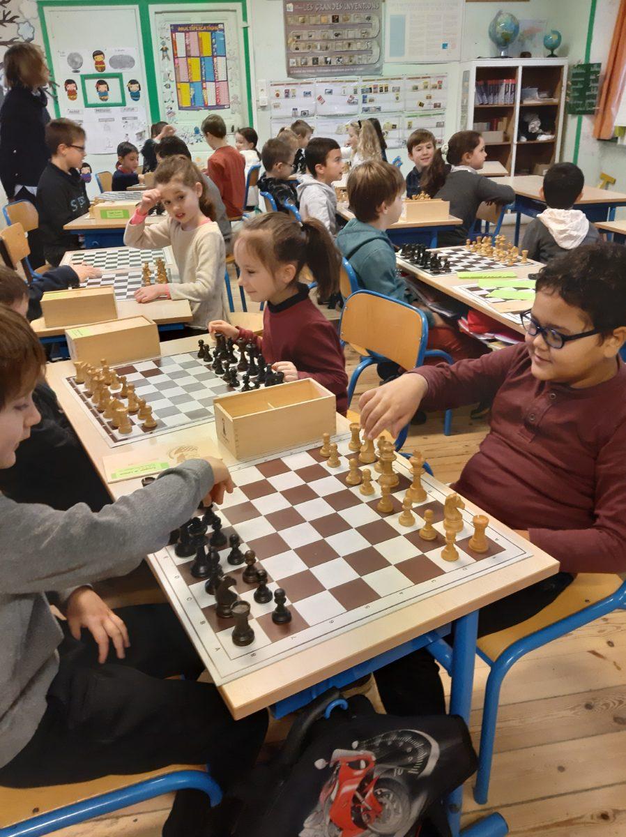 Les échecs à l'école.